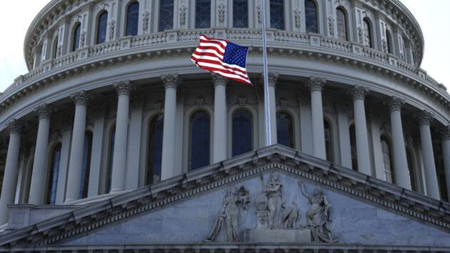 США ждут серьезные проблемы: политолог дал прогноз на 2020 год