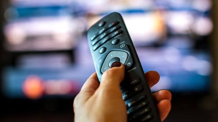 В январе закодируют украинские телеканалы. Почему 4 миллиона семей лишают спутникового ТВ и что им теперь делать
