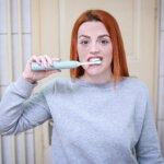 Голливудская улыбка: как ухаживать за зубами, чтобы реже бывать у врача
