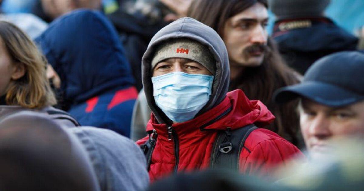 Пандемия коронавируса может продлиться два года, — Институт Коха