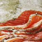Деликатес из-под земли. Блюда со всего мира, которые закапывают перед едой