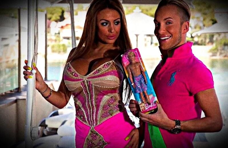 Пара потратила $300 тыс на пластику, чтобы походить на Барби и Кена: Что с ними стало спустя 5 лет